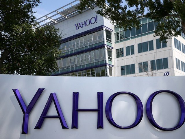 Yahoo slashes price of Verizon deal $350m after data breaches
